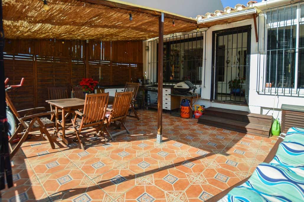 Calle Baja terrace