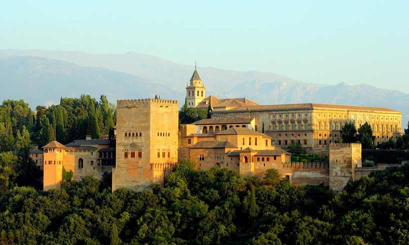 Biljetter till Alhambra